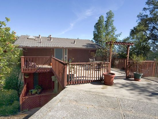 140 Redwood Rd, Fairfax, CA 94930