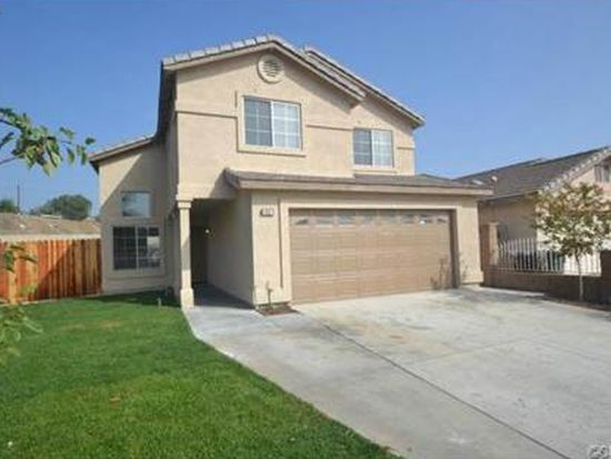 1097 Award Dr, Colton, CA 92324