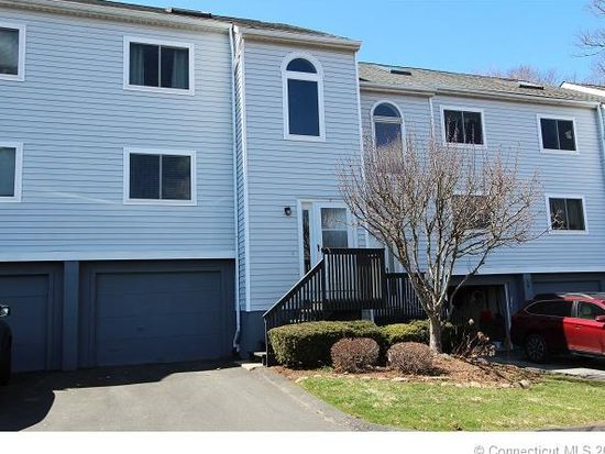 7 Wooded Heights Dr # 7, Cromwell, CT 06416