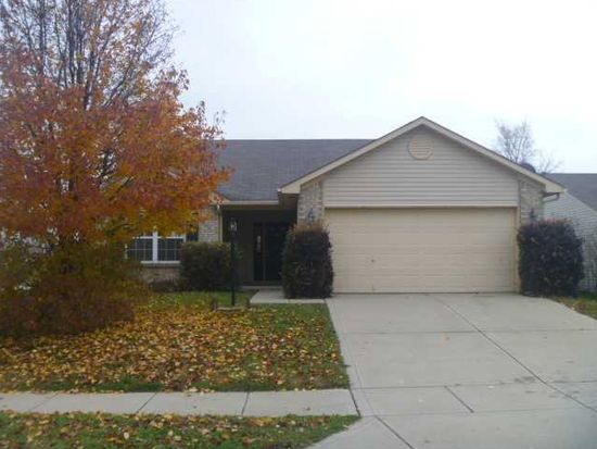 1374 Summer Meadow Ct, Indianapolis, IN 46217