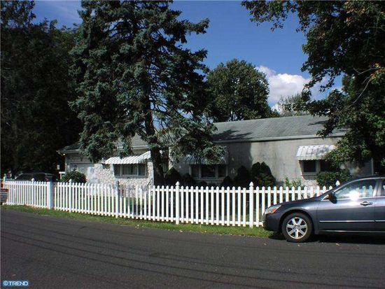 2632 Finley Ave, Bensalem, PA 19020