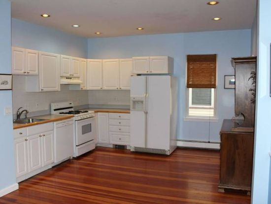 172 Putnam Ave UNIT 2, Cambridge, MA 02139
