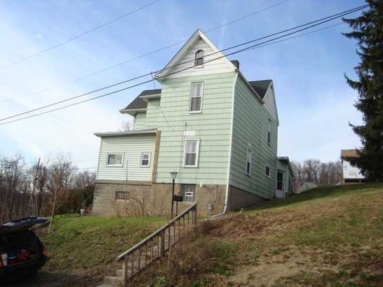 703 Darlington Ave, Jeannette, PA 15644