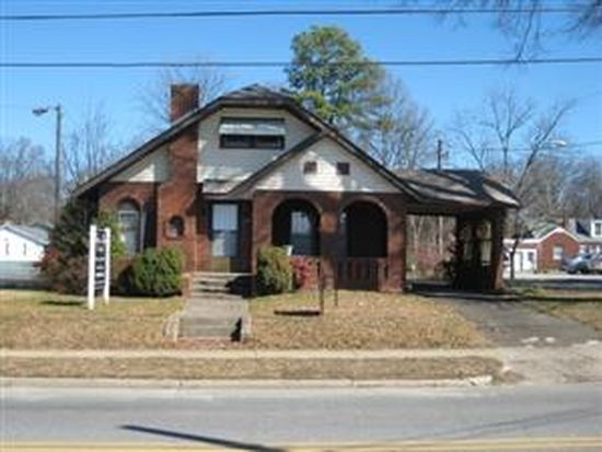 121 W Statesville Ave, Mooresville, NC 28115