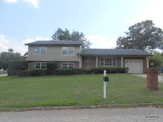 12 Brown Ave, Daleville, AL 36322