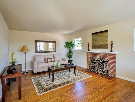 2168 Euclid Ave, Redwood City, CA 94061