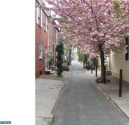 2206 Manning St, Philadelphia, PA 19103