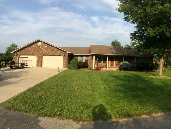 84 Cherokee Ave, Russell Springs, KY 42642