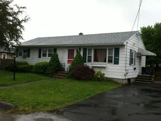 9 Winston Dr, Lawrence, MA 01843
