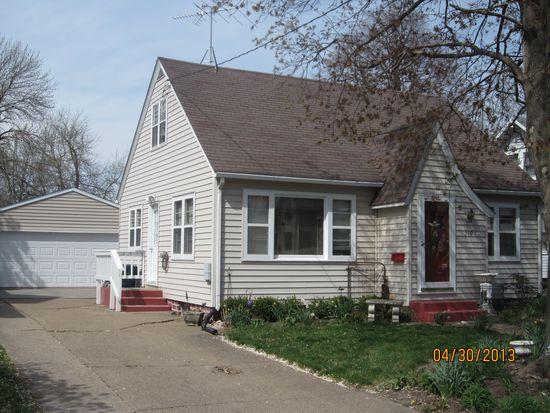 310 Franklin St, Pella, IA 50219
