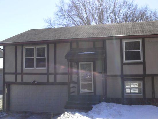 8419 Garrison Rd, Wonder Lake, IL 60097