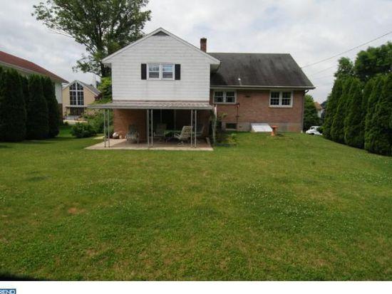 45 Kerrick Rd, Shillington, PA 19607