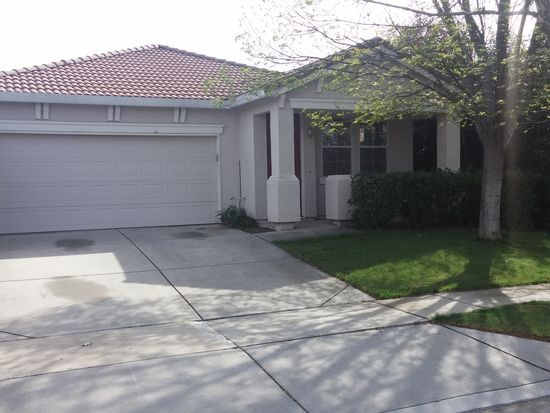 2215 Hearst St, West Sacramento, CA 95691
