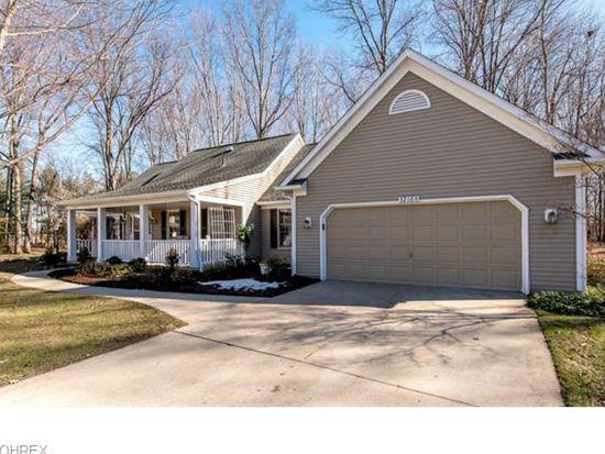 32165 Hickory Ln, Avon Lake, OH 44012