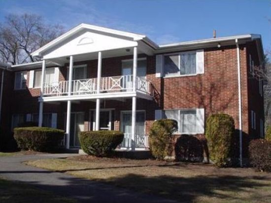 2 Bayberry Dr APT 4, Sharon, MA 02067