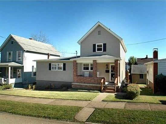 106 S 5th St, Youngwood, PA 15697