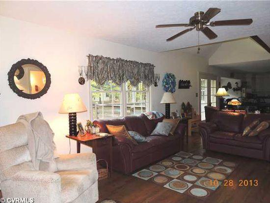 115 Willow Spring Ln, Farmville, VA 23901