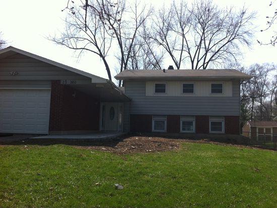 2S380 Lloyd Ave, Lombard, IL 60148