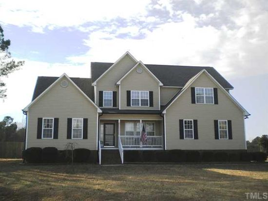 15 Roping Horn Way, Willow Spring, NC 27592