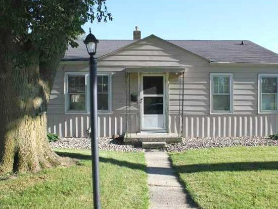715 10th St, Chesterfield, IN 46017