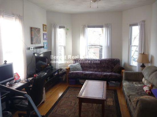 30 Franklin St, Somerville, MA 02145