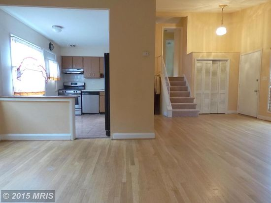 2502 Blackhawk Cir, Baltimore, MD 21209