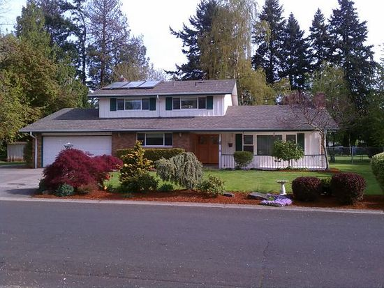 24345 SE Strawberry Dr, Damascus, OR 97089