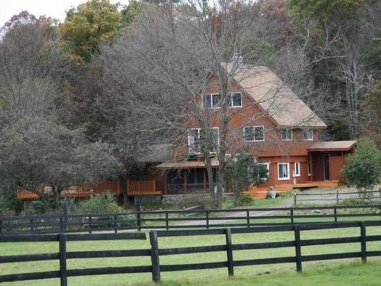 92 Valley Stream Farm Rd, Rhinebeck, NY 12572