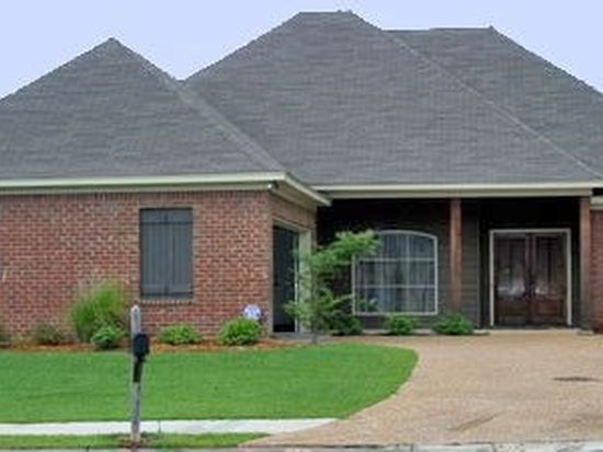 107 Harvey Cv, Canton, MS 39046