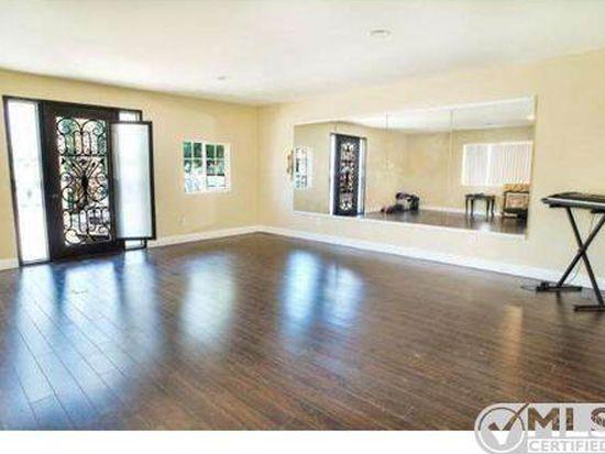 15236 Hartsook St, Sherman Oaks, CA 91403