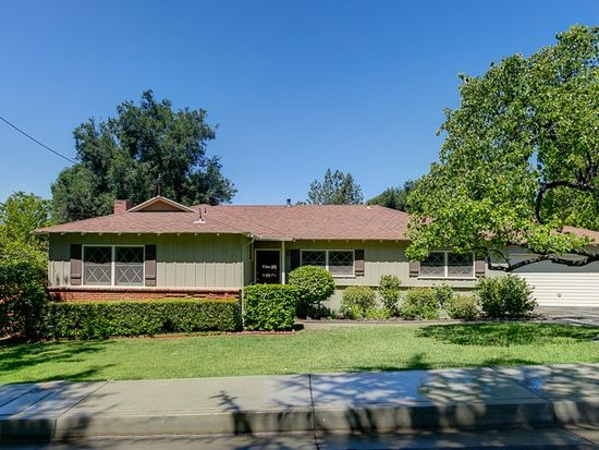 4737 Palm Dr, La Canada Flintridge, CA 91011