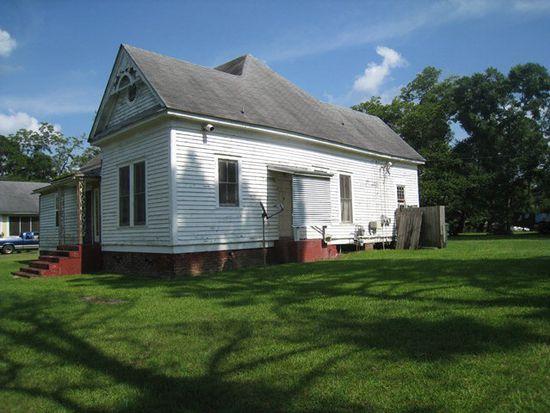 221 Baggs Ave SE, Pelham, GA 31779