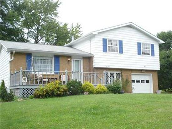10 Fairview Dr, West Middlesex, PA 16159
