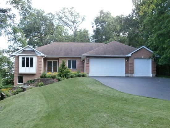 5707 Amherst Ct, Mchenry, IL 60050