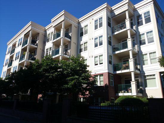 530 4th Ave W APT 104, Seattle, WA 98119