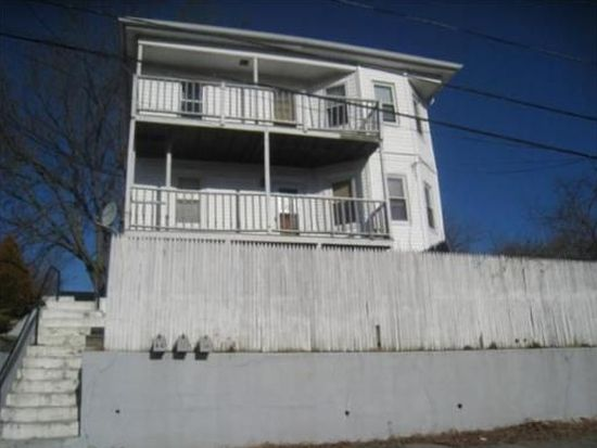 66 Lafayette St, Johnston, RI 02919