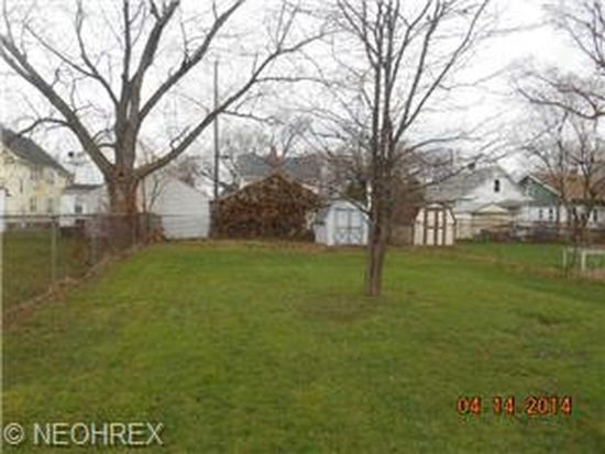 3430 W 98th St, Cleveland, OH 44102