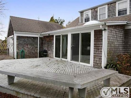 269 W Bay Rd, Osterville, MA 02655