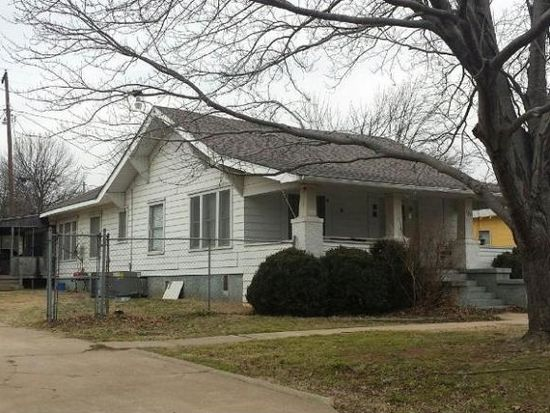 121 SW 4th St, Checotah, OK 74426