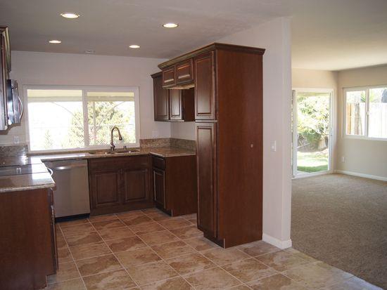 10044 Casa Nueva St, Spring Valley, CA 91977