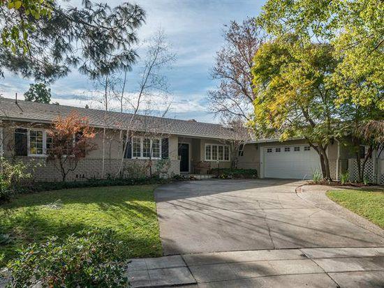 828 Lilac Way, Los Gatos, CA 95032