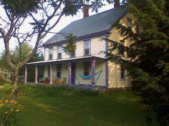 1657 E Main St, Center Conway, NH 03813