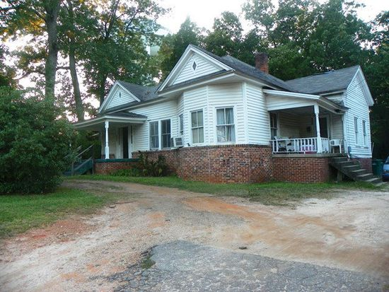 221 Reynolds Ave, Greenwood, SC 29649