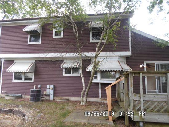 5000 Dukesberry Ln, Hoffman Estates, IL 60010