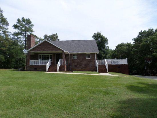 94 Beacon Cir, Sanford, NC 27332