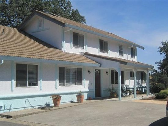 7084 Carrington Ln, Vacaville, CA 95688