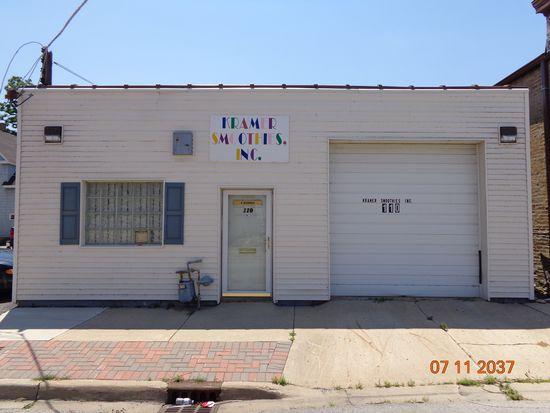 110 Prairie St, Aurora, IL 60506