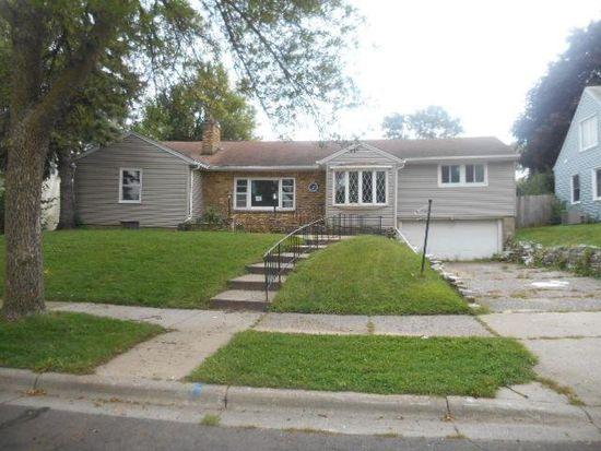 260 Roeller Ave, Saint Paul, MN 55118