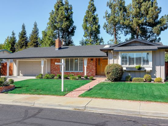 5119 Brookside Ct, Concord, CA 94521