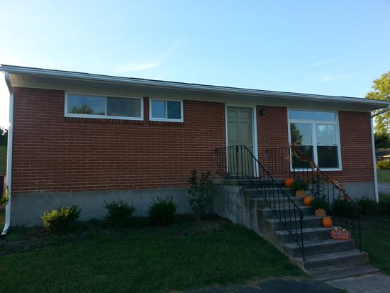 3258 Richard Ave NE, Roanoke, VA 24012